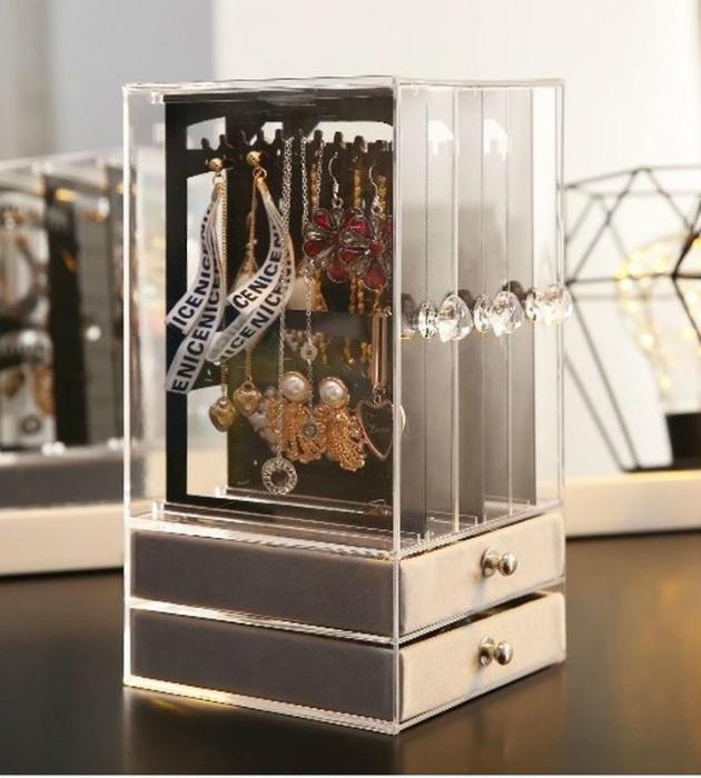 Стильный органайзер для украшений| Фото: IZI.