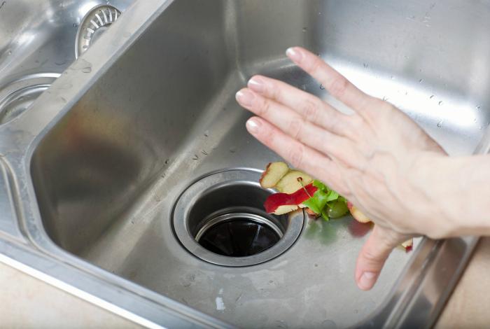 Измельчитель пищевых отходов. | Фото: Latest Home & Garden.