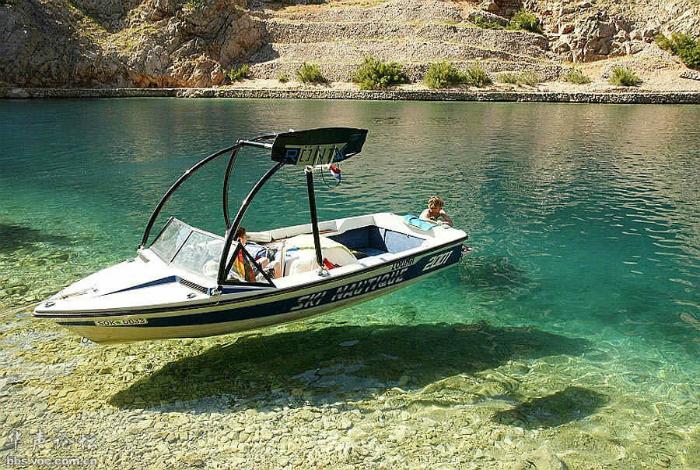 Парящая лодка.