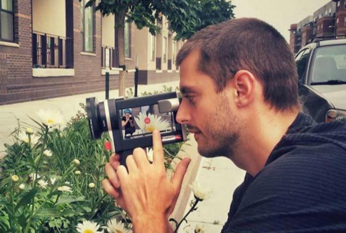 Необычный чехол, который превратит iPhone 6 в настоящую видеокамеру.