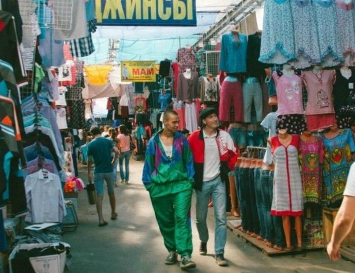 Парни в рабочей одежде. | Фото: Всяко.нет.