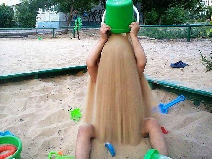 Безудержное веселье в песочнице. | Фото: territoriyadetstva.ru.