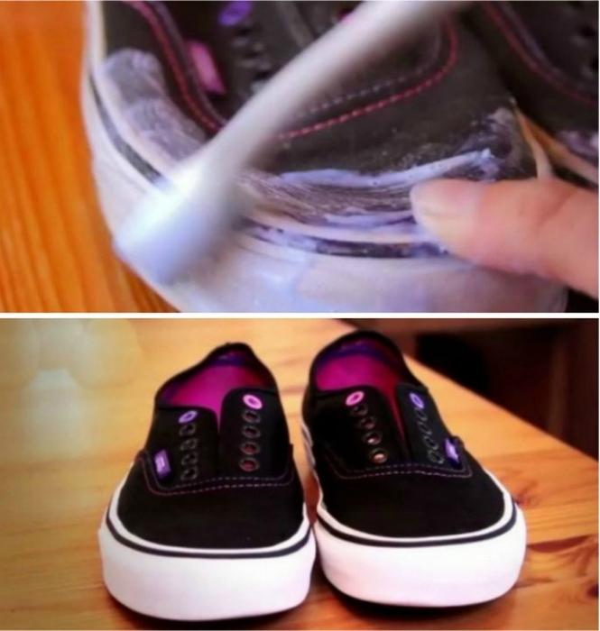 Легко очистить белую подошву кед можно с помощью зубной щетки и раствора из моющего средства и соды.