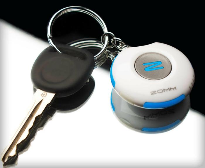 Bluetooth брелок Zomm.
