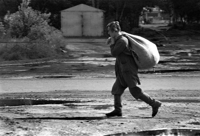 Мелкое воровство. | Фото: Антисоветский блог.