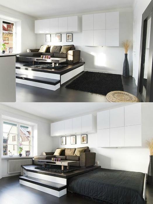 Подиум с выдвижной кроватью.