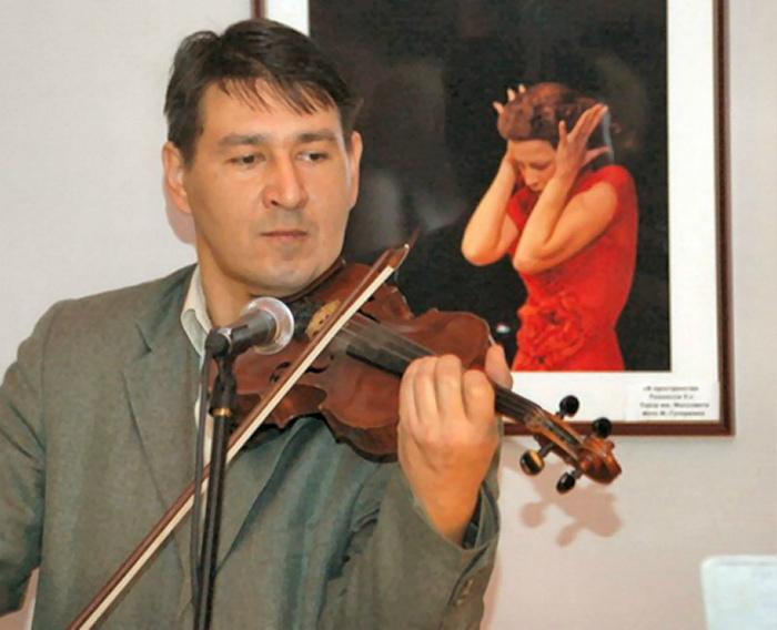 Волшебные звуки скрипки... | Фото: Sensum.Club.