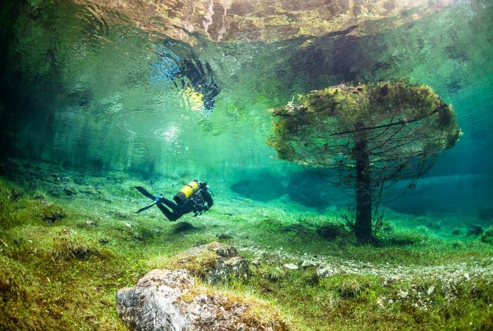 Парк, который раз в год становиться подводным.