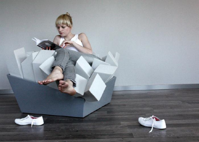 Уютное модульное кресло.