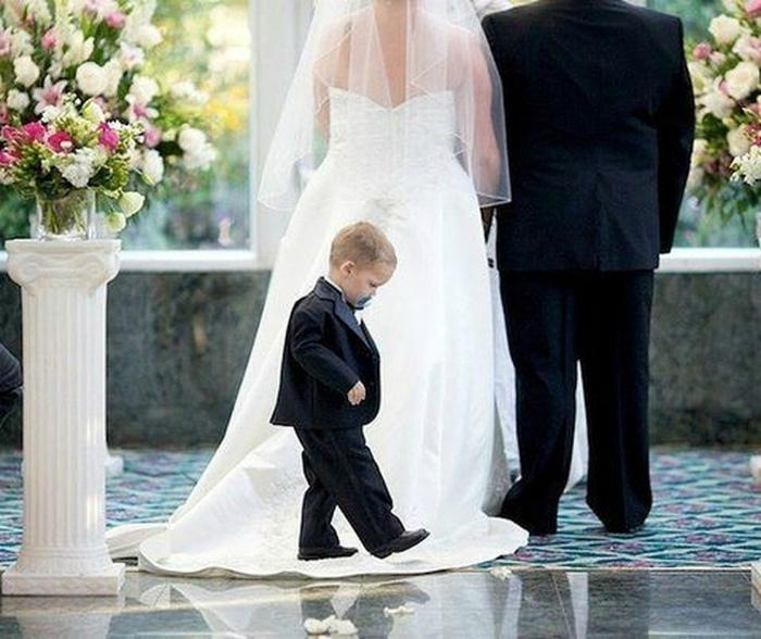 Это была скучная свадьба, я развлекался, как мог. | Фото: Navolne.life.