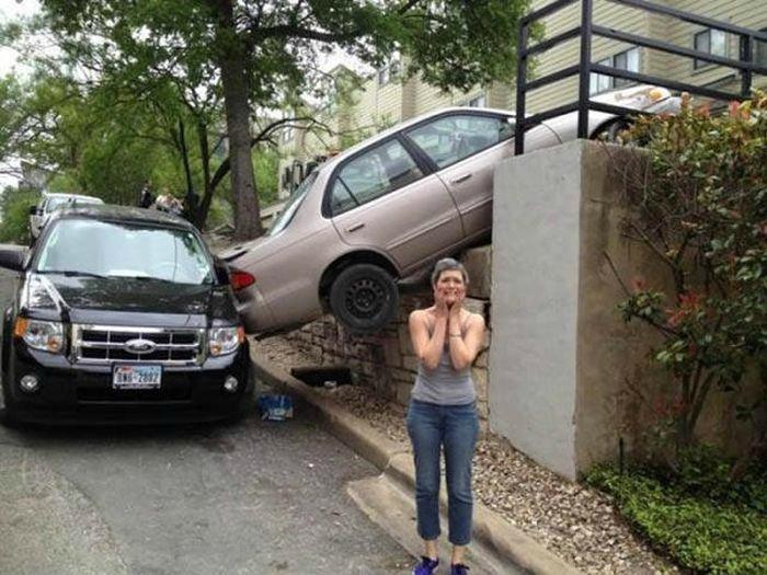 Когда слишком усердно парковалась.