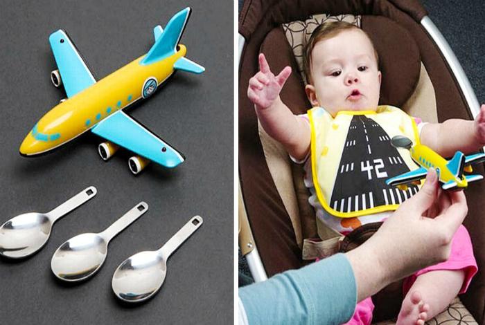 Игровая ложка в виде самолета.