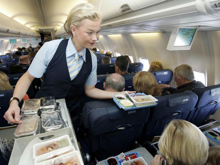 Гигиена на борту самолета. | Фото: VistaNews.ru.
