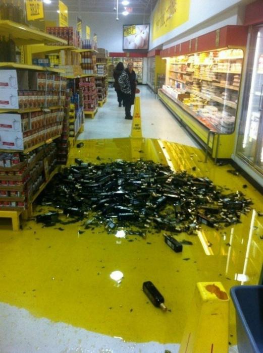 Аннушка масло пролила...| Фото: Drunk Tiki.