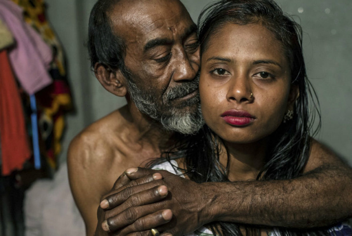 Подростковые бордели Бангладеша.