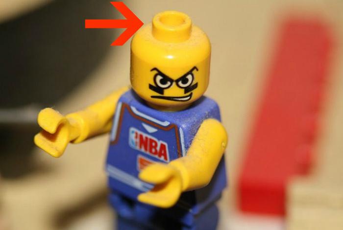 Игрушки из наборов Lego.