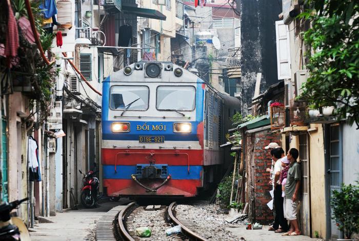 Железная дорога во Вьетнаме.