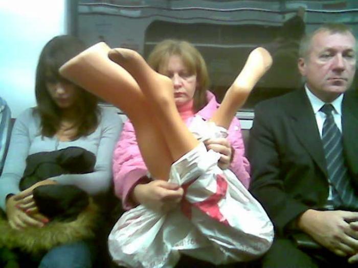 Ноги в пакете.
