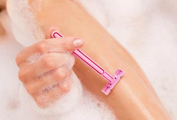 Уменьшить раздражение после бритья.