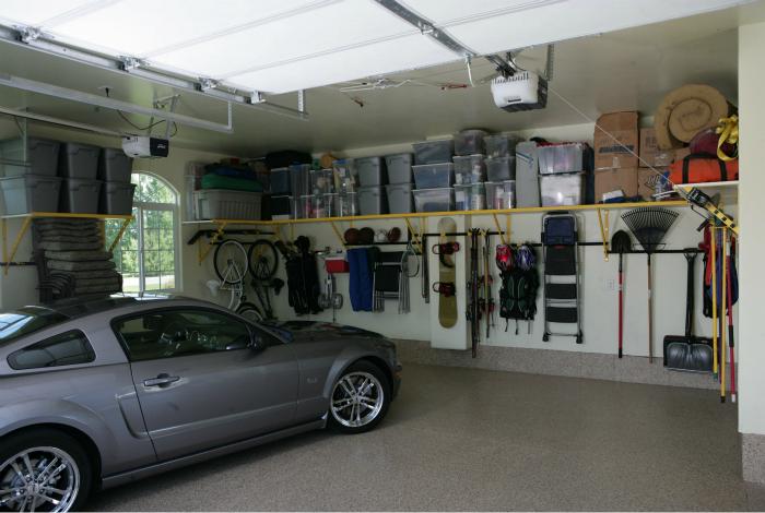 Замечательный пример оптимальной организации пространства в гараже.