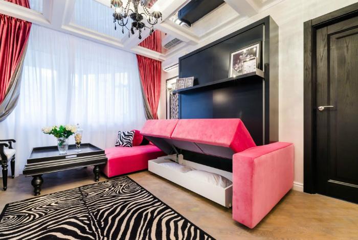 Современная кровать-диван.