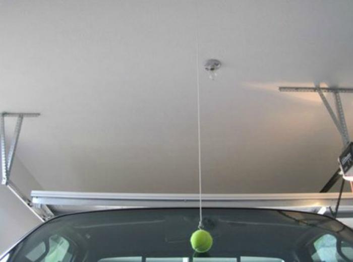 Теннисный мячик в гараже. | Фото: Pinterest.