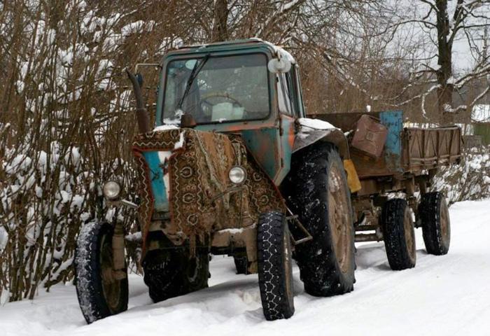 Зимний тюнинг трактора.