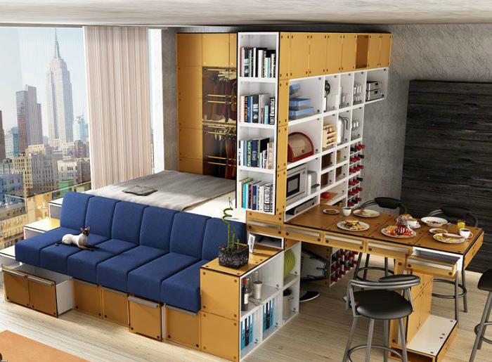 Стеллаж с выдвижным столом. | Фото: Pinterest.