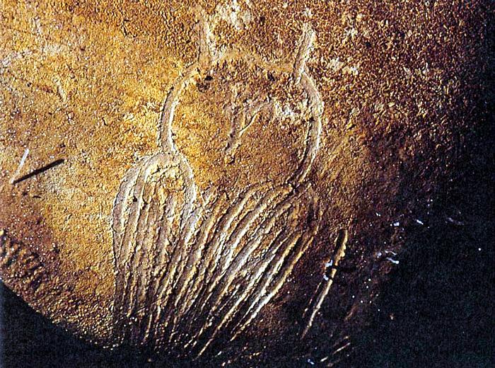 Доисторический рисунок в пещере.