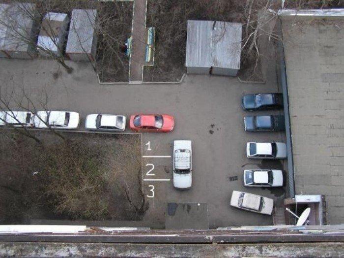 Если и парковаться то, как король! | Фото: uCrazy.ru.