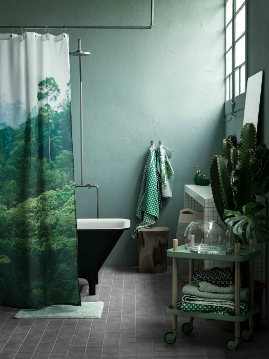 Ванная комната в зеленых тонах.