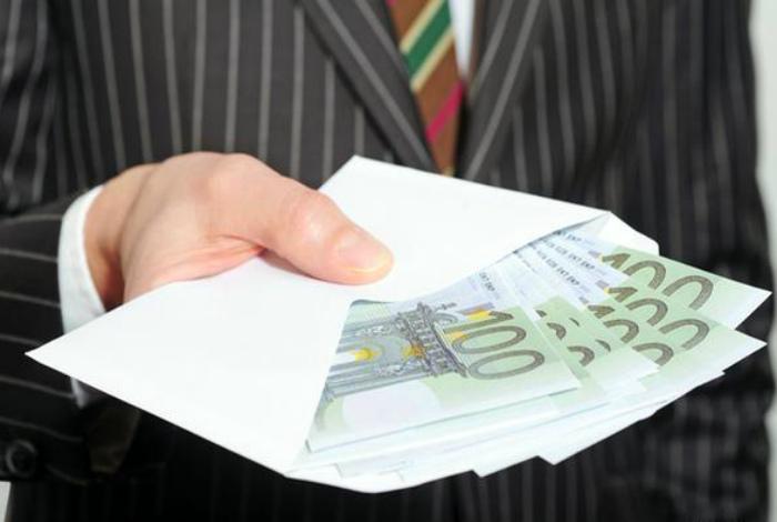 Коррупция в Германии. | Фото: DW.