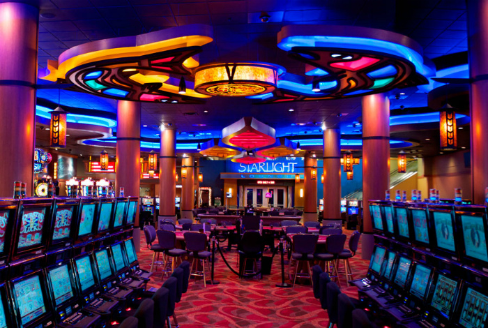 Казино и залы игровых автоматов. | Фото: Goxbet.