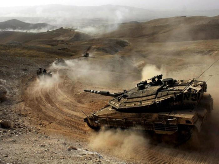 Колонна танков.