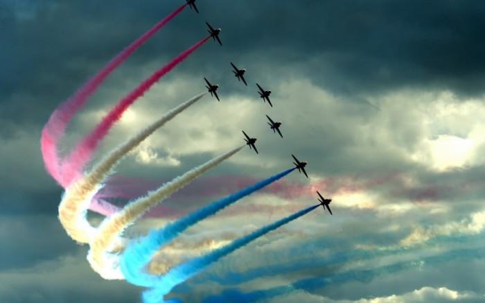 Воздушное шоу в День Военно-воздушных сил России.