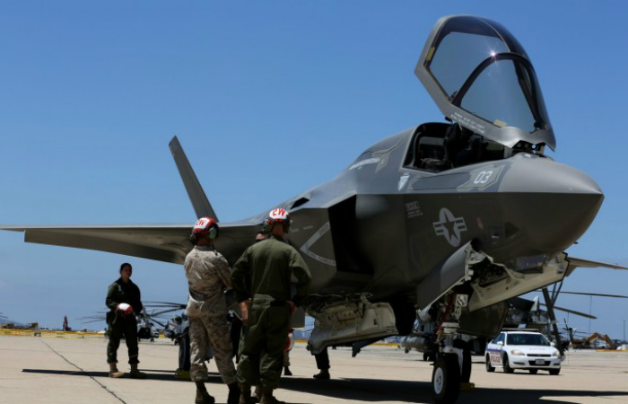 Бомбардировщик - Lockheed Martin F-35 Lightning II.