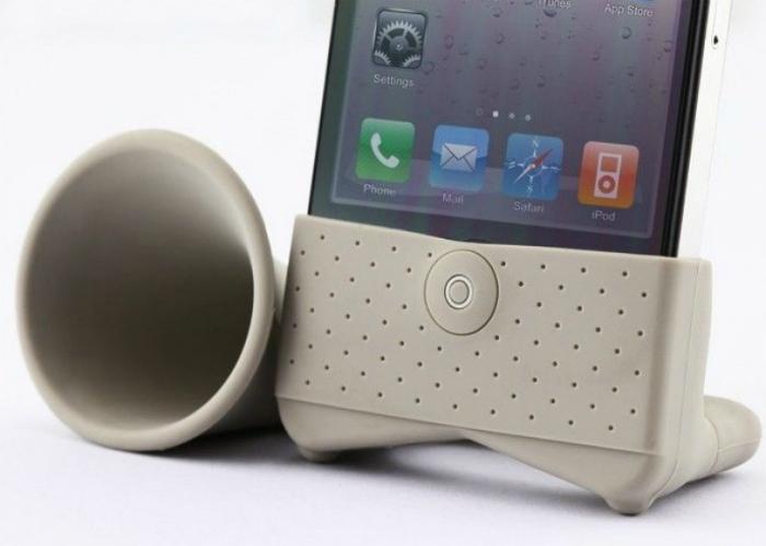 Компактный рупор для Apple iPhone.