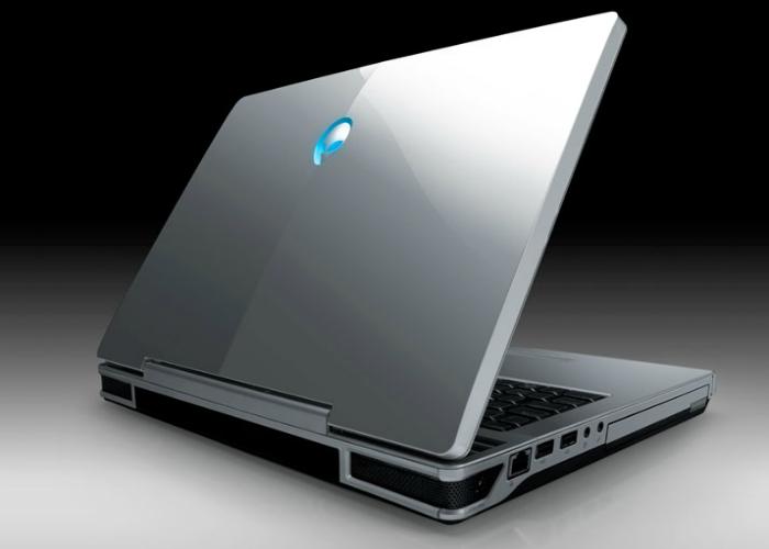 Компактный ноутбук под названием - Аrea 51 m15x от компании Alienware.