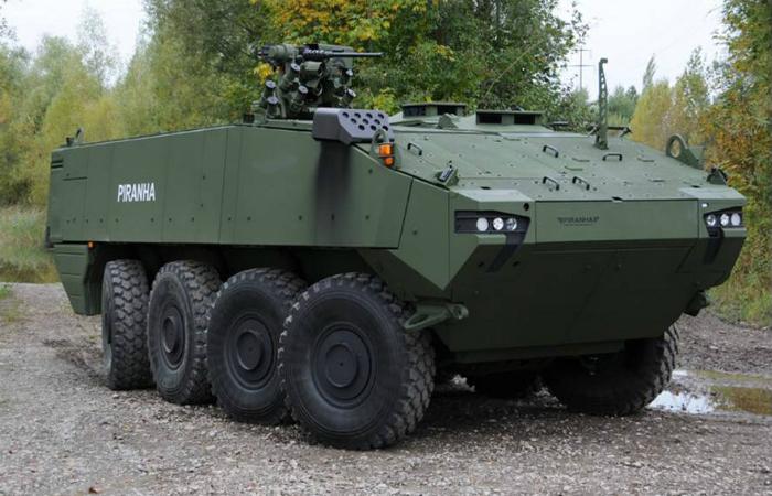 Современный швейцарский бронетранспортер под названием - Piranha V.