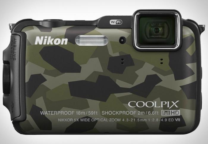 Компактная фотокамера - Nikon Coolpix AW120 с возможностью подводной съемки.