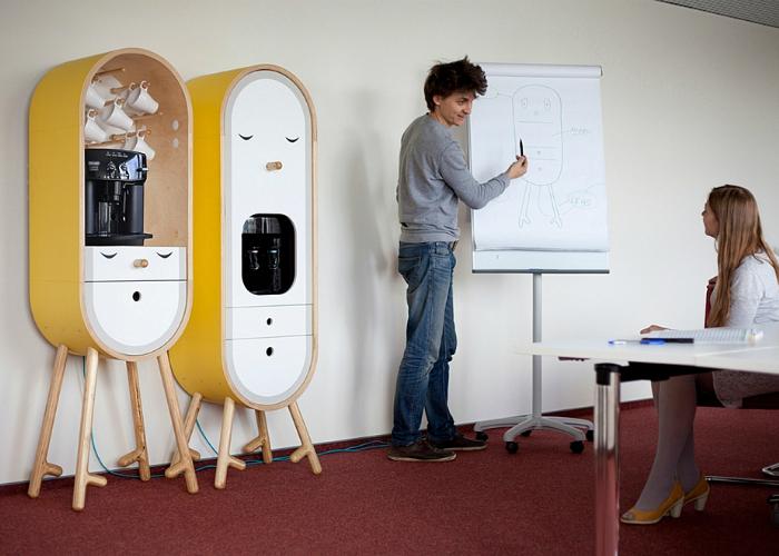 Дизайнеры Татьяна Репина и Михаил Репин разработали необычный концепт своеобразной ниши для офисной микро-кухни. Один такой предмет интерьера способен поместить кухонный аппарат типа микроволновки или кофеварки.
