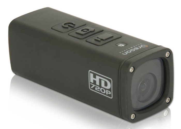 Камера без проблем снимает на глубине не более 20 метров и весит всего 70 грамм. Для удобного крепления разработана крепежная система для шлемов и досок для серфинга. В комплекте идет карта MicroSD на 32 ГБ и съемные перезаряжаемые литий-ионные батареи.