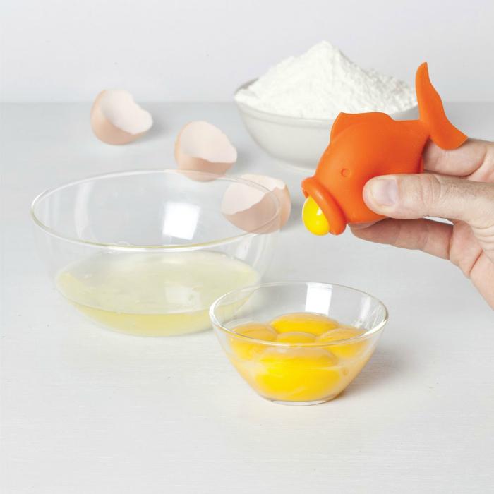 Компактный сепаратор яичного желтка под названием - Yolkfish.