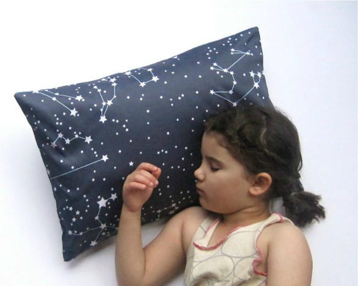 Для сладкого сна на звездном небе.