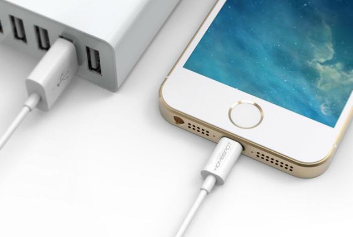Удобный кабель для смартфонов компании Apple с необходимой возможностью быстрой зарядки под названием - Anker Lightning to USB Cable.