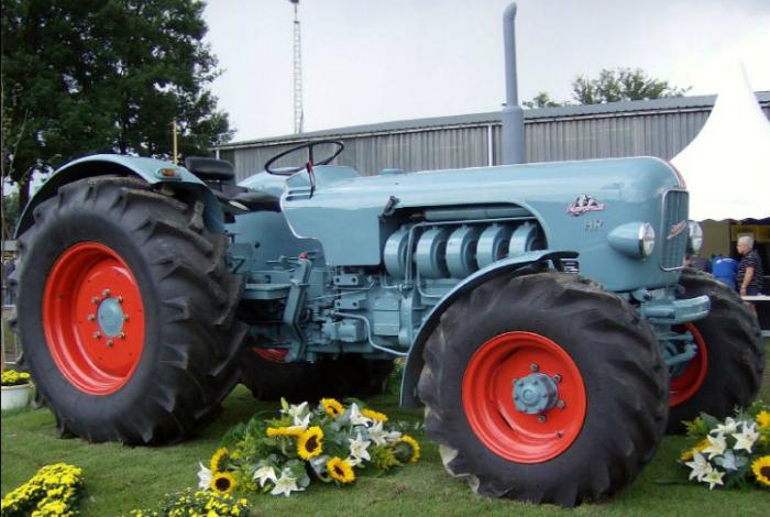 Серийный трактор 50-х под названием - Eicher Mammut HR.