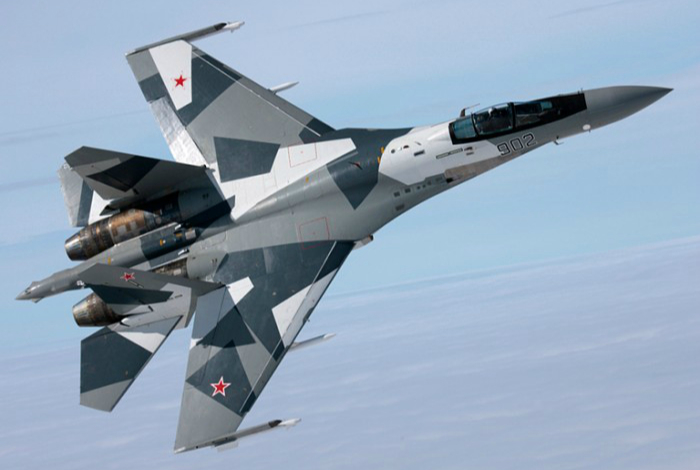 Experimental modernized version of the Soviet / Russian Su-27 fighter.