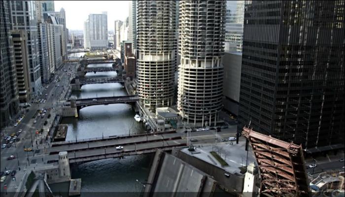 Разводные мосты которые находятся в Соединенных Штатах Америки в городе Чикаго.