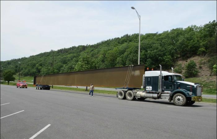Отличная идея для перевозки большой 36 метровой стальной пластины.