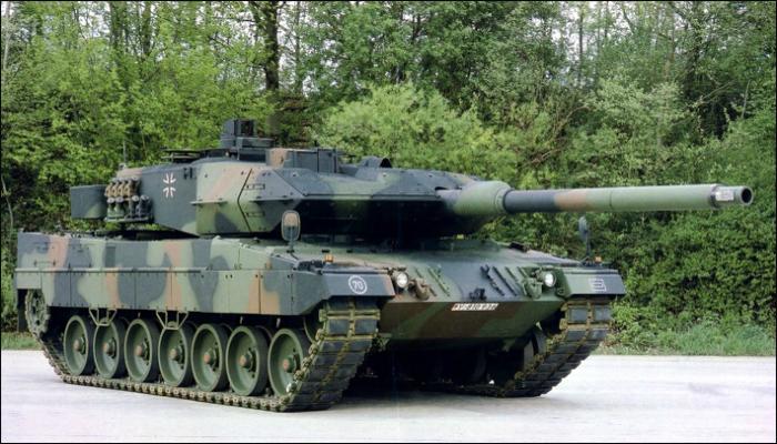 Основной немецкий танк под названием - Леопард 2.